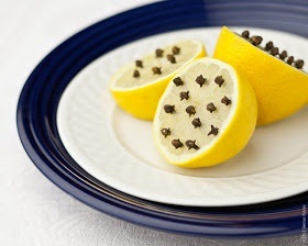 how-to-keep-flies-and-mosquitoes-away-lemon-and-cloves,How to use cloves to deter flies