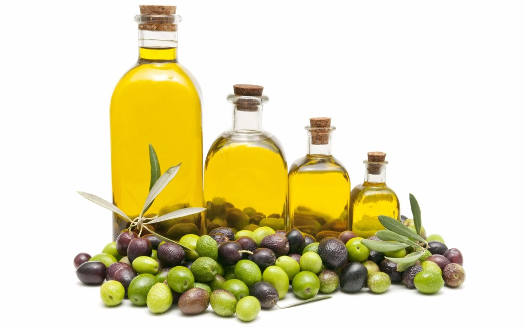 Olive oil and its natural uses