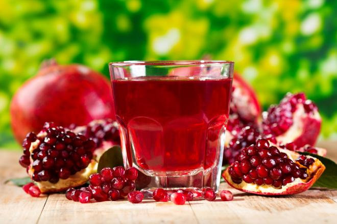Pomegranate Juice - Fruit of Paradise -  Myths and Realities