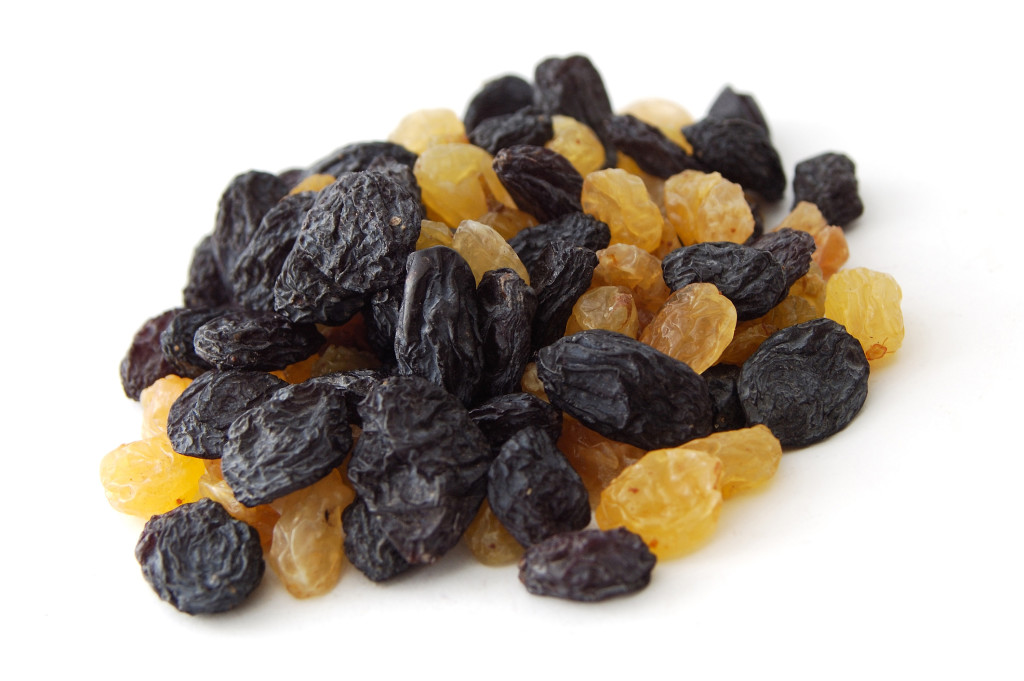 raisins dry fruit prevents anemia