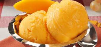 How to prepare Delicious Mango Ice Cream‎ at home