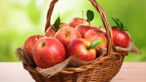 'An apple a day keeps the doctor away.' Is it really true. If so what are the reasons.