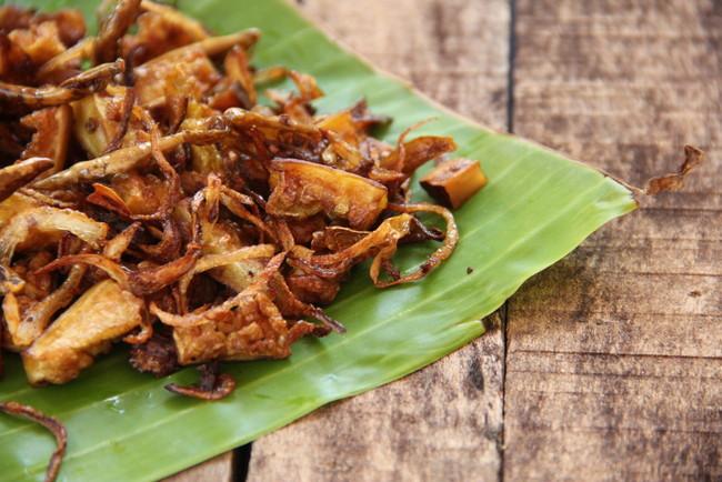 Delicious Pavakka varuthathu, Bittergaurd fry