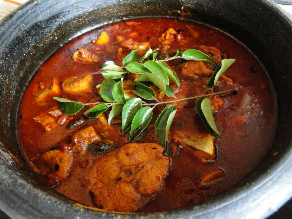 How to make the traditional kerala fish curry meen curry for Authentic kerala cuisine