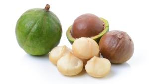 Macadamia-nuts-raw-crushed natureloc