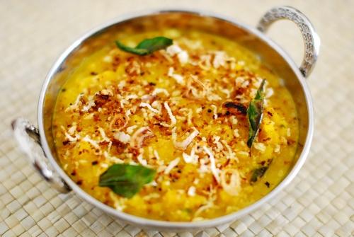 Mathanga or pumkin curry