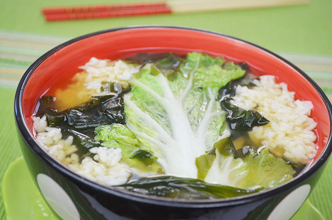 Cabbage soup with brown rice