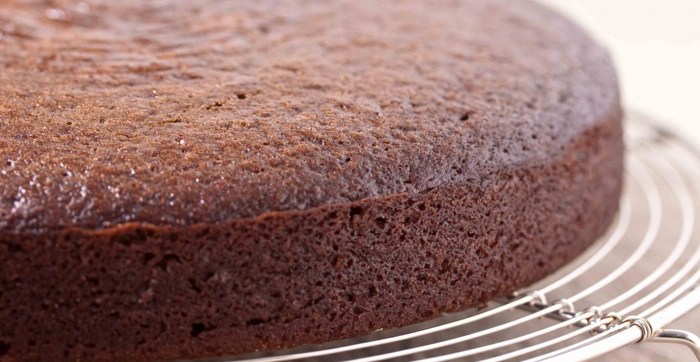 Delicious and simple chocolate cake