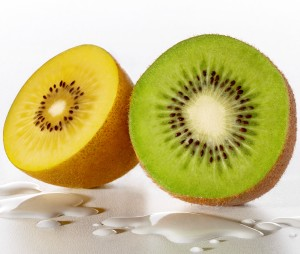 Kiwi-Green-Gold-Splashes