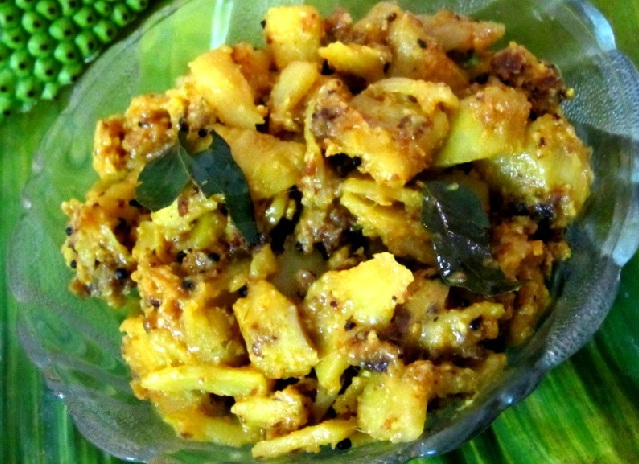 Chakka Ulathiyathu or Jackfruit stir fry
