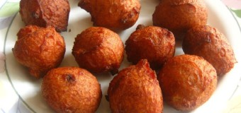 Sweet Bonda or Fried whole wheat banana cake