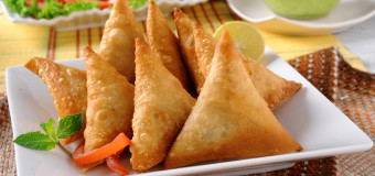 How to make delicious vegetable samosa?