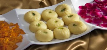 Sandesh – Delicious and simple mix of fresh paneer and powdered sugar