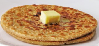 How to make Aloo Paratha?