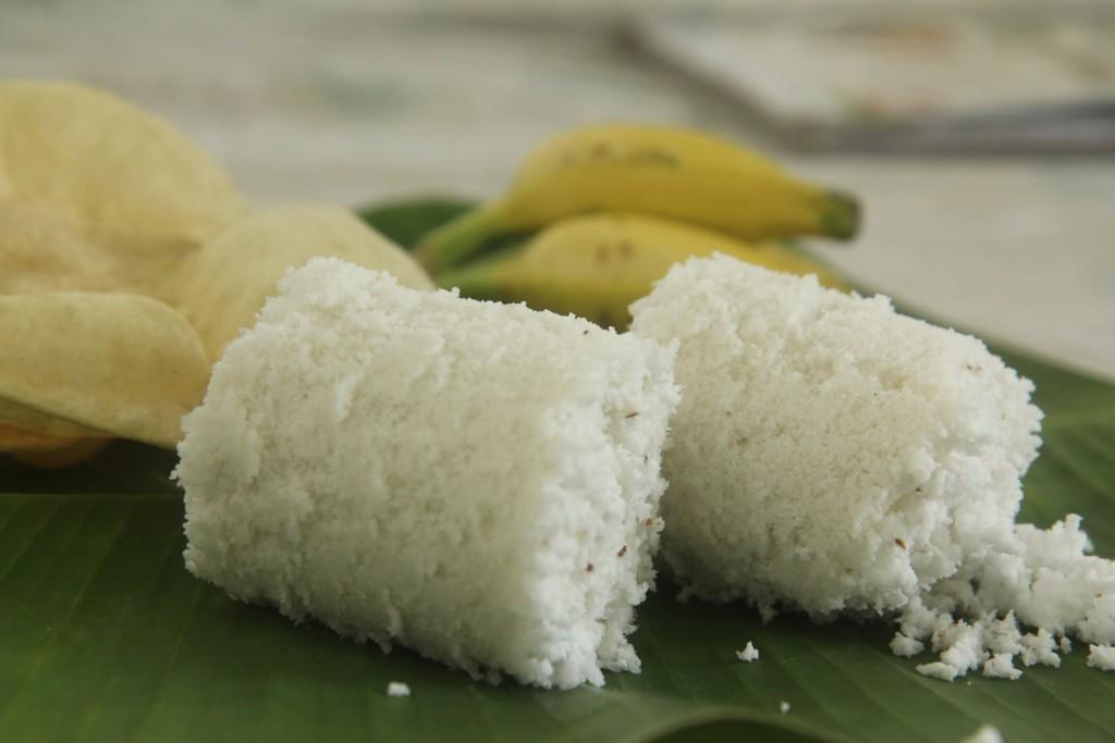 Soft and tasty Ari Puttu or Steamed rice flour cake recipe