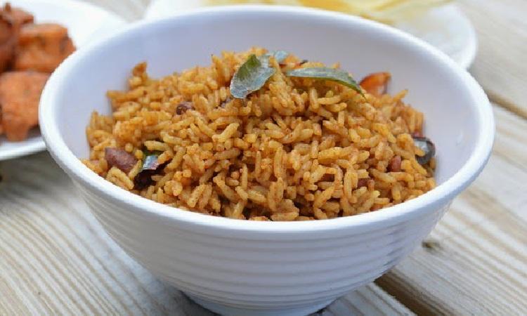 Puliyodharai, Puliyogare, Tamarind rice