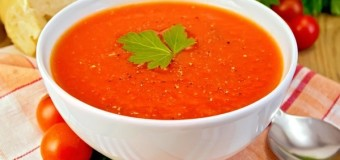 Simple and spicy tomato soup recipe