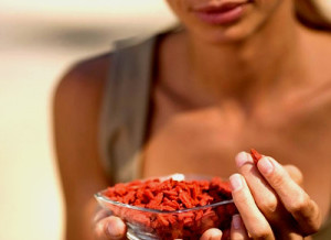 goji berries eating health benefits buy online