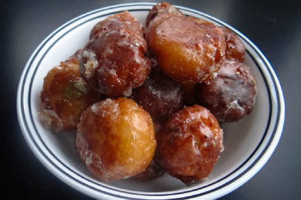 Jambool - A sweet delicacy from Konkani cuisine
