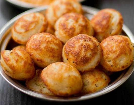 Soft and puffy Kuzhi Paniyaram recipe