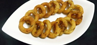 Spicy Mosaru Kodubale, Crispy Rice Flour Rings using Curd
