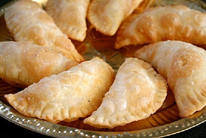 Delicious and sweet Somas recipe
