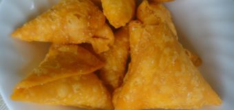 Crispy and Delicious Sweet Samosa Recipe