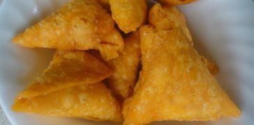 Home made sweet samosa preparation