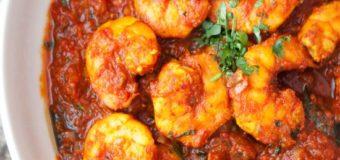 Dried Prawns Tomato Curry (Unnakka Chemmeen Thakkali Curry) Recipe