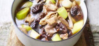 Cock-A-Leekie Soup (Mixed Soup) – Scotland's National Soup – Recipe