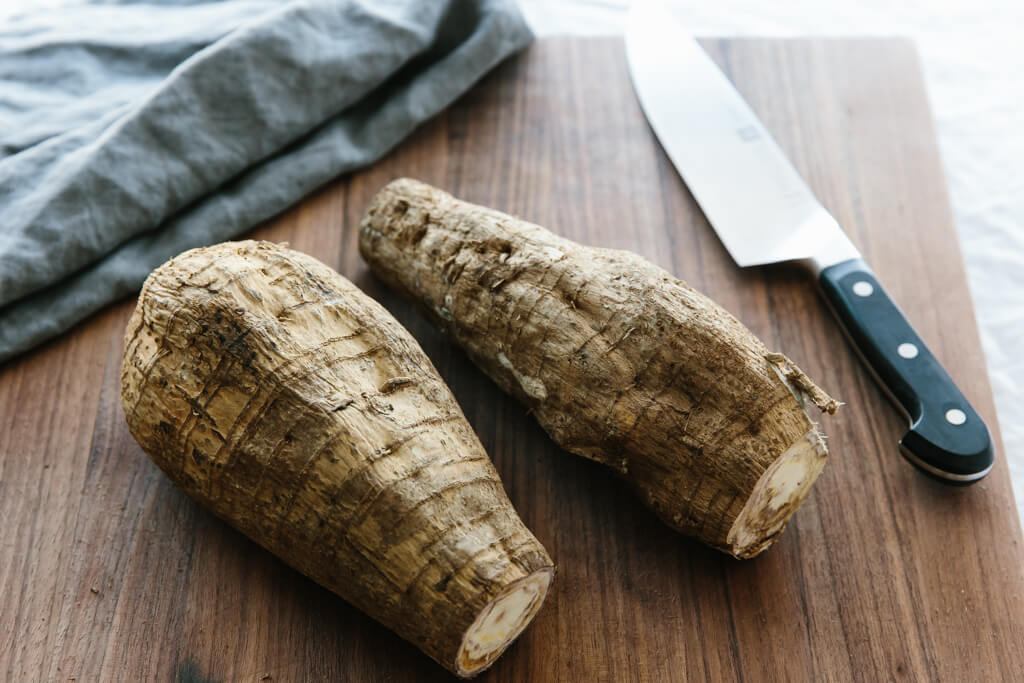 Arrowroot (Koovapodi)
