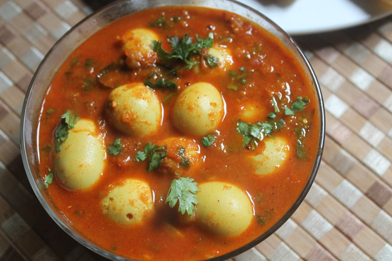 What Are Quail Eggs And How To Cook Quail Eggs Curry?