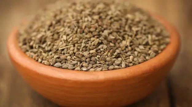 Ajwain Seeds (Carom Seeds, Ayamodhakam)