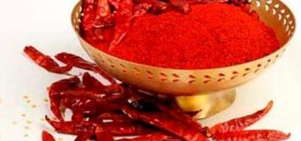 Red chilli powder or Kashmiri chilli powder, which one should you buy
